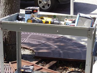 Tree grate and up light maintenance cart