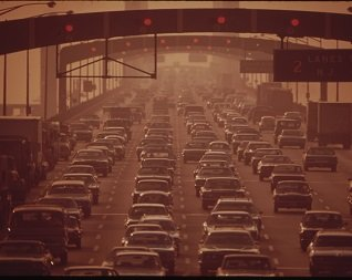 1970s photo of Whitman Bridge jammed with cars
